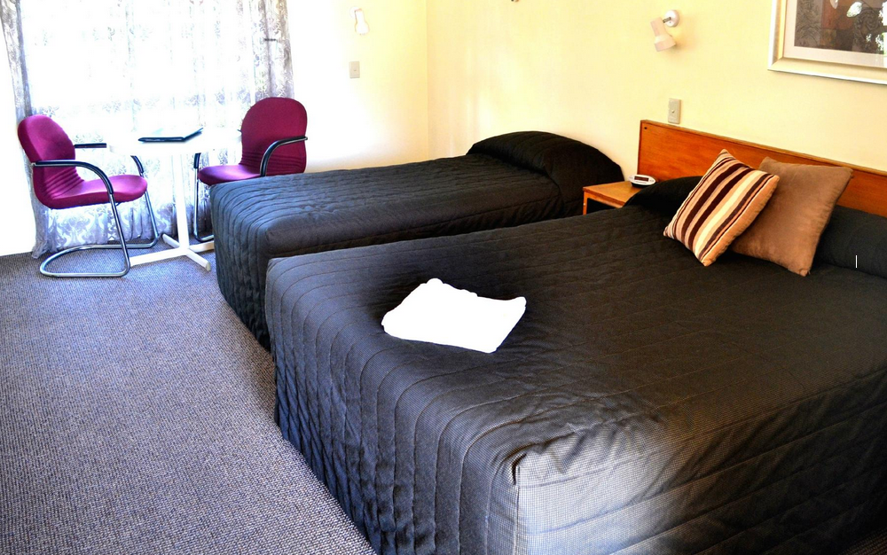 All Settlers Motor Inn Parkes NSW rooms to hire