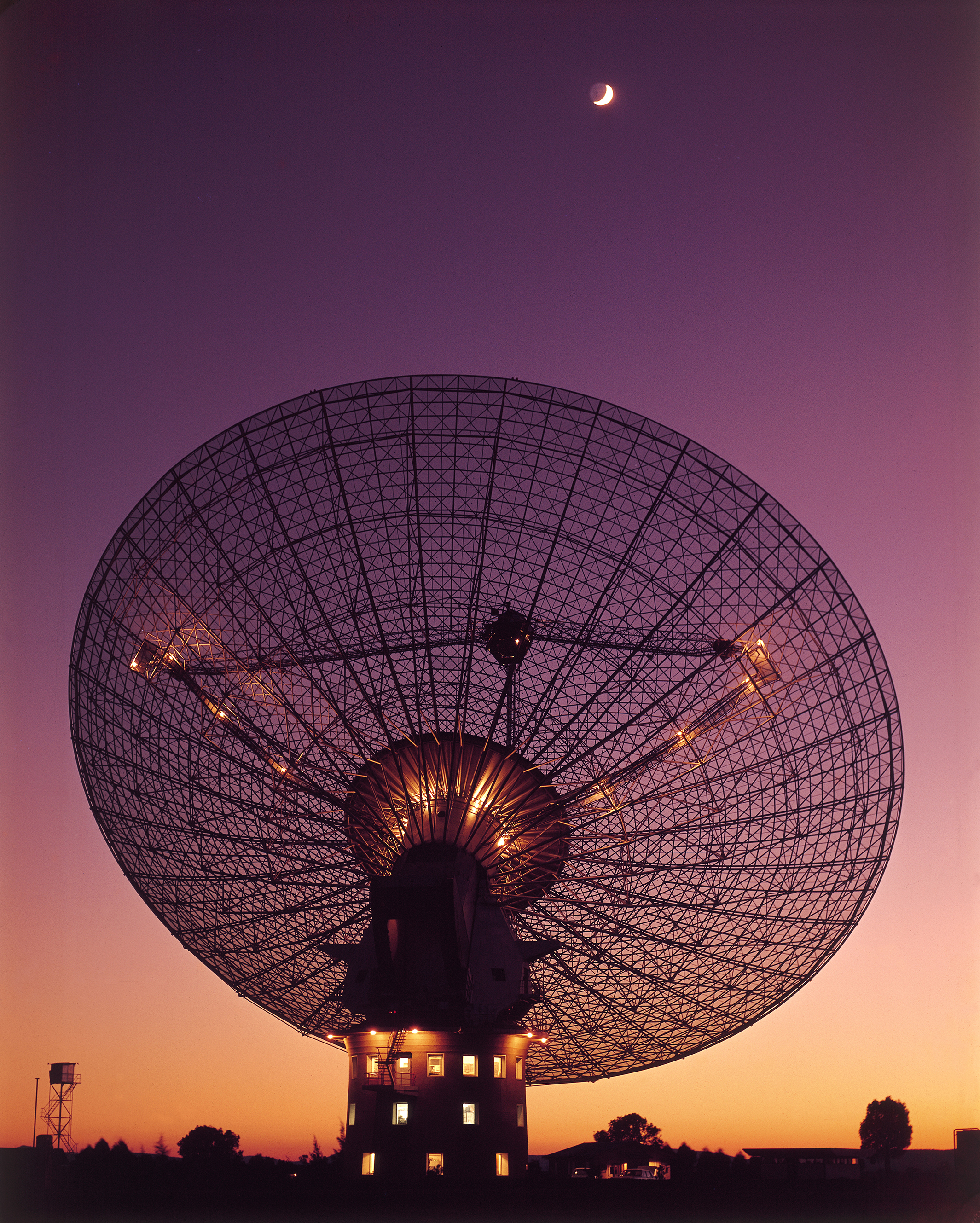 CSIRO's Parkes Radio Telescope - Attractions in Parkes NSW